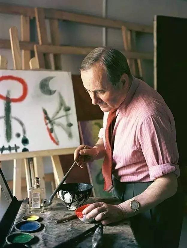 超现实主义领袖人物,与毕加索、达利齐名,一生只像孩子那样画画插图7