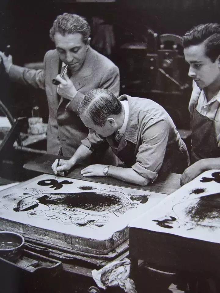 超现实主义领袖人物,与毕加索、达利齐名,一生只像孩子那样画画插图54