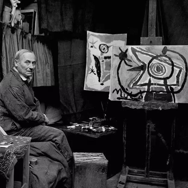 超现实主义领袖人物,与毕加索、达利齐名,一生只像孩子那样画画插图62