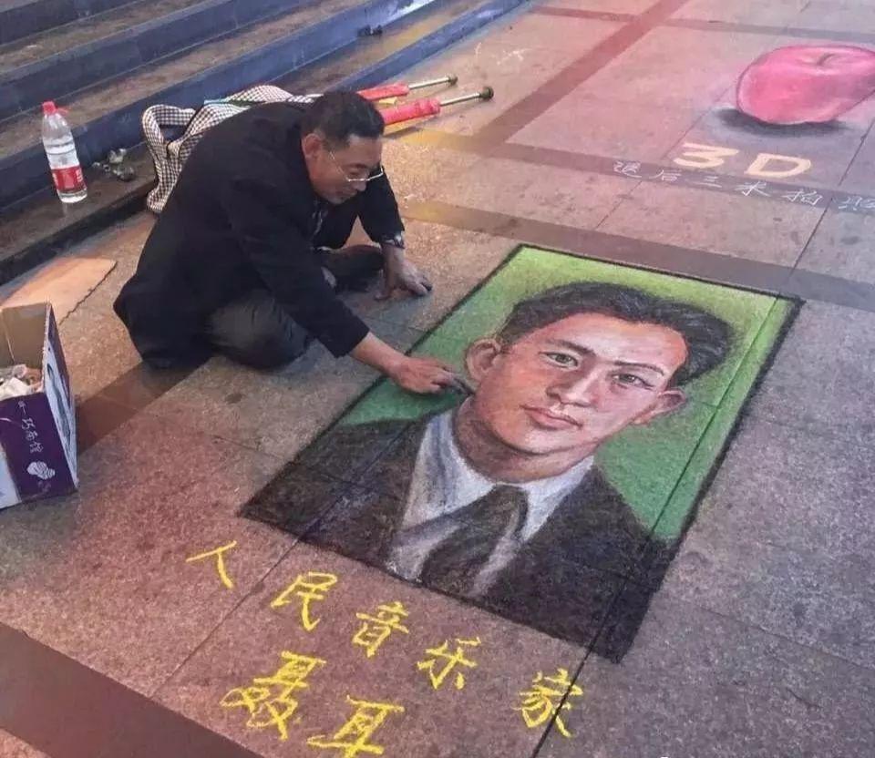 """凭本事吃饭的人,从来不会觉得卑微!中国的""""流浪达芬奇"""",画了800多次蒙娜丽莎!插图47"""
