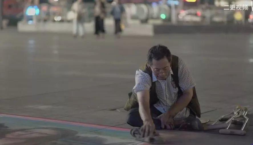 """凭本事吃饭的人,从来不会觉得卑微!中国的""""流浪达芬奇"""",画了800多次蒙娜丽莎!插图55"""