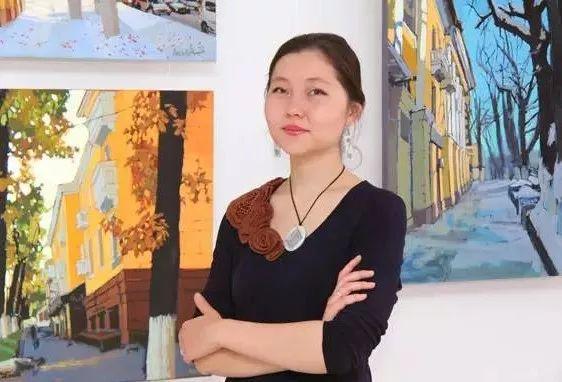 这位哈萨克斯坦美女,从小失聪,却能画出这世界上最美的色彩插图3