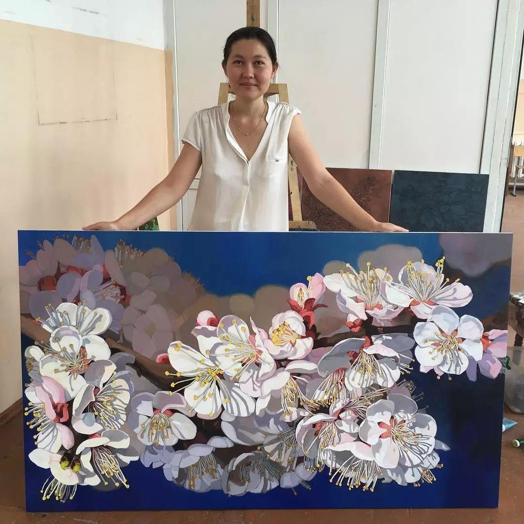 这位哈萨克斯坦美女,从小失聪,却能画出这世界上最美的色彩插图40