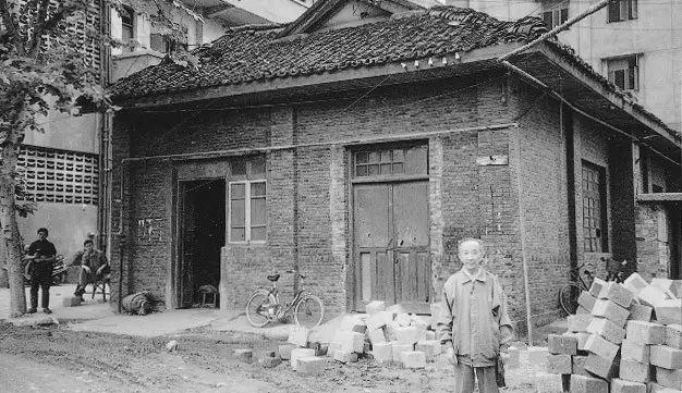 常玉:孤独的大师,一生在黑暗的小屋中,绝笔作品被拍出近2亿天价插图22