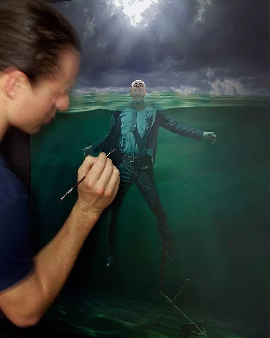 他第一次举办画展,就引起了轰动, 作品都被抢购一空!插图61