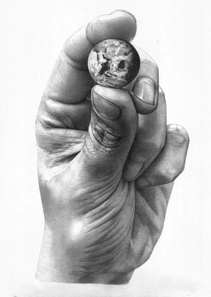手是人的第二张脸,承载着人奋斗一生的痕迹插图74