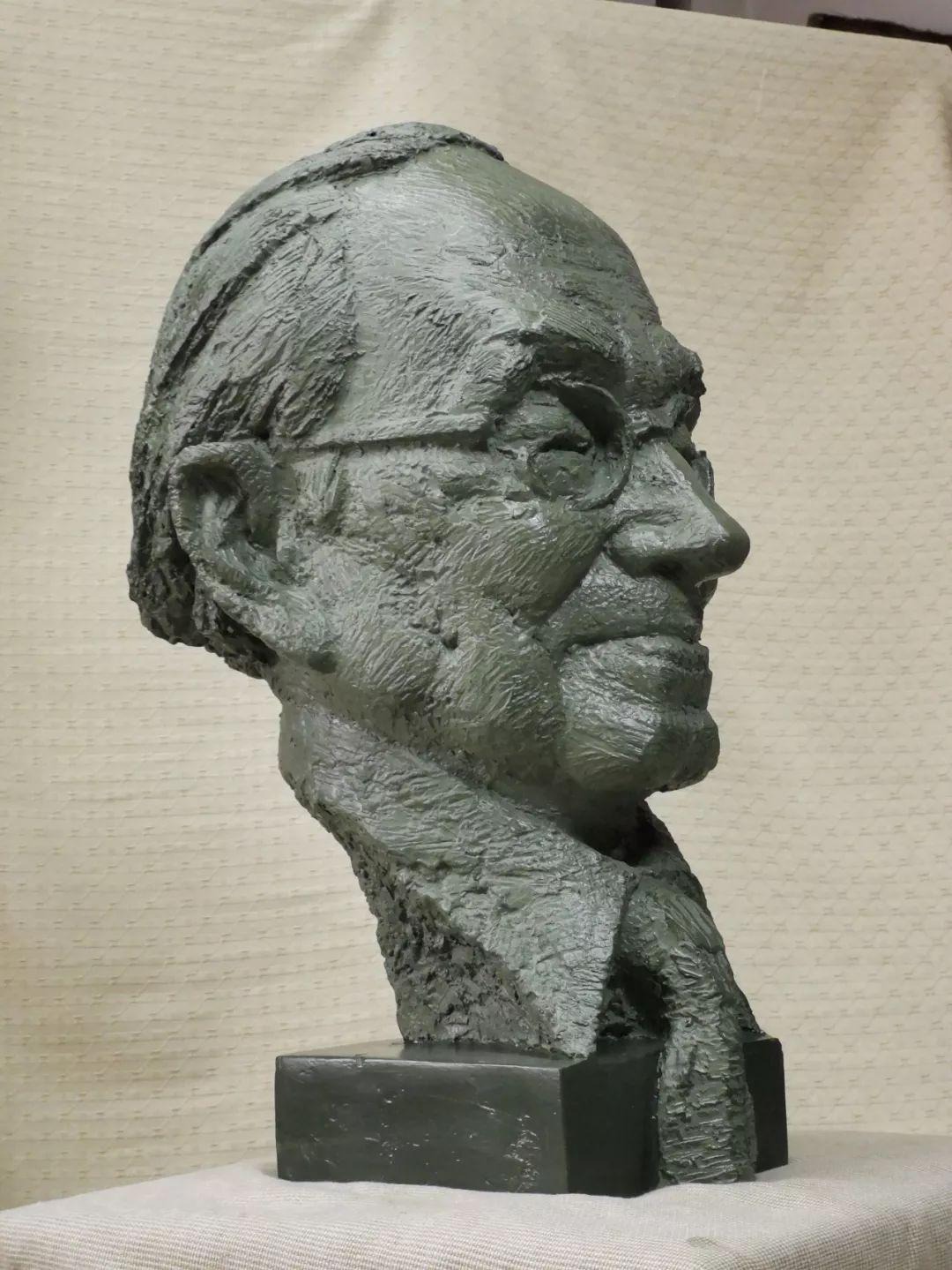 第十三届全国美展·雕塑作品展插图113