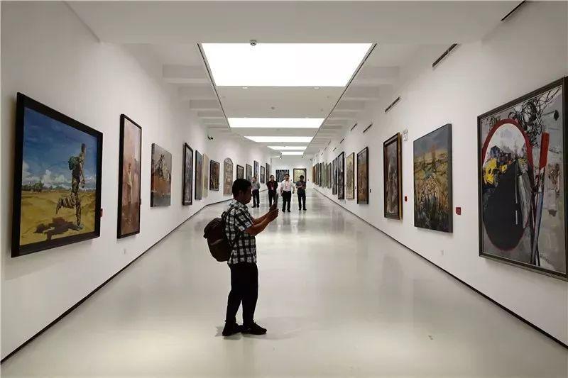 十三届全国美展,12件油画获奖提名作品插图2