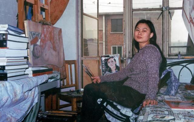 她用24年书写从村姑到画家的传奇,作品被瑞典国王、法国总统收藏插图15