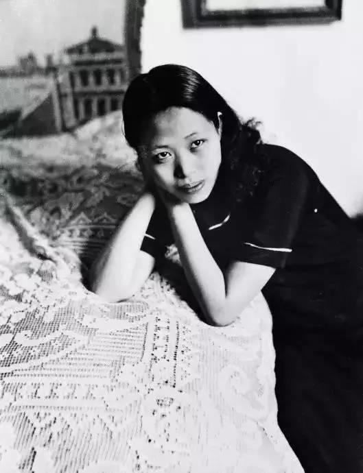 她是中国现代派杰出女画家,中国油画艺术的奠基人之一插图