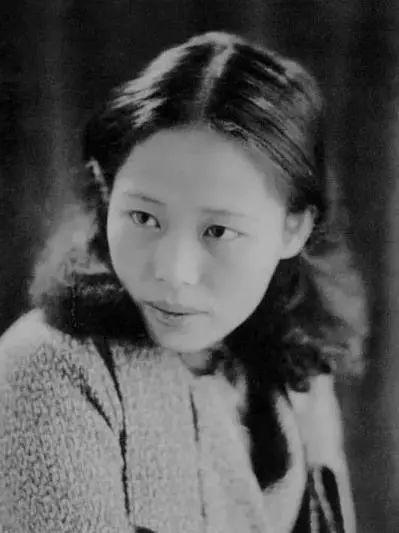 她是中国现代派杰出女画家,中国油画艺术的奠基人之一插图1
