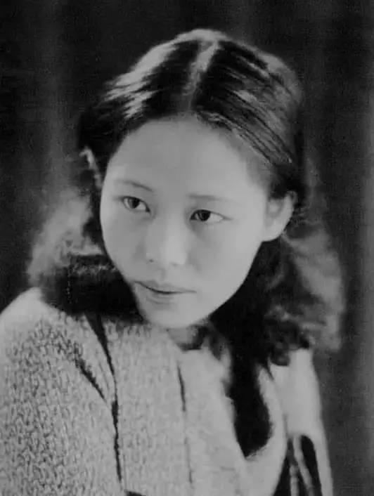 她是中国现代派杰出女画家,中国油画艺术的奠基人之一插图4
