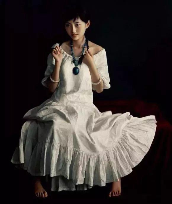 一幅油画卖到448万,这画中的少女到底有多美!插图49