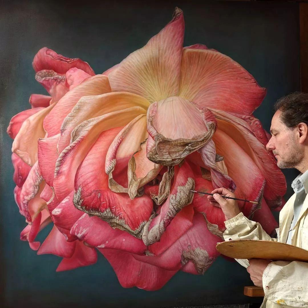他用一块画布,就能将其变成一个露珠覆盖的玫瑰花园插图23