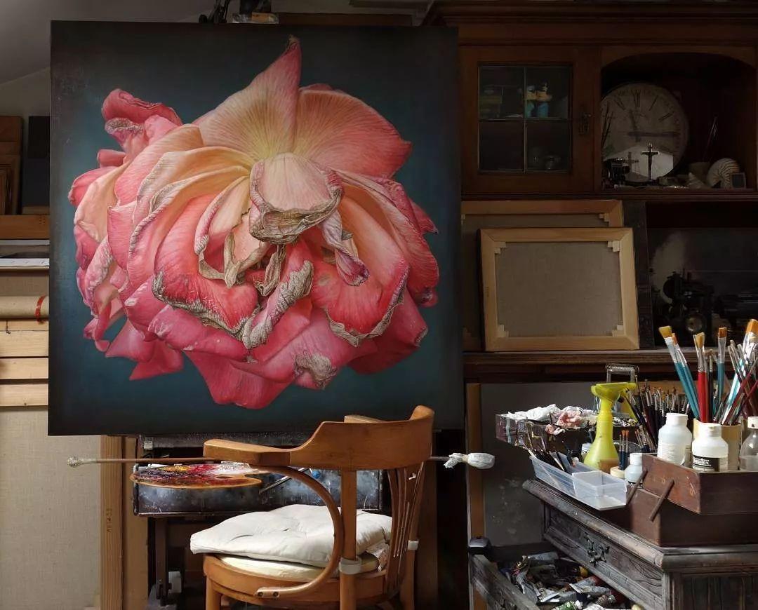 他用一块画布,就能将其变成一个露珠覆盖的玫瑰花园插图24