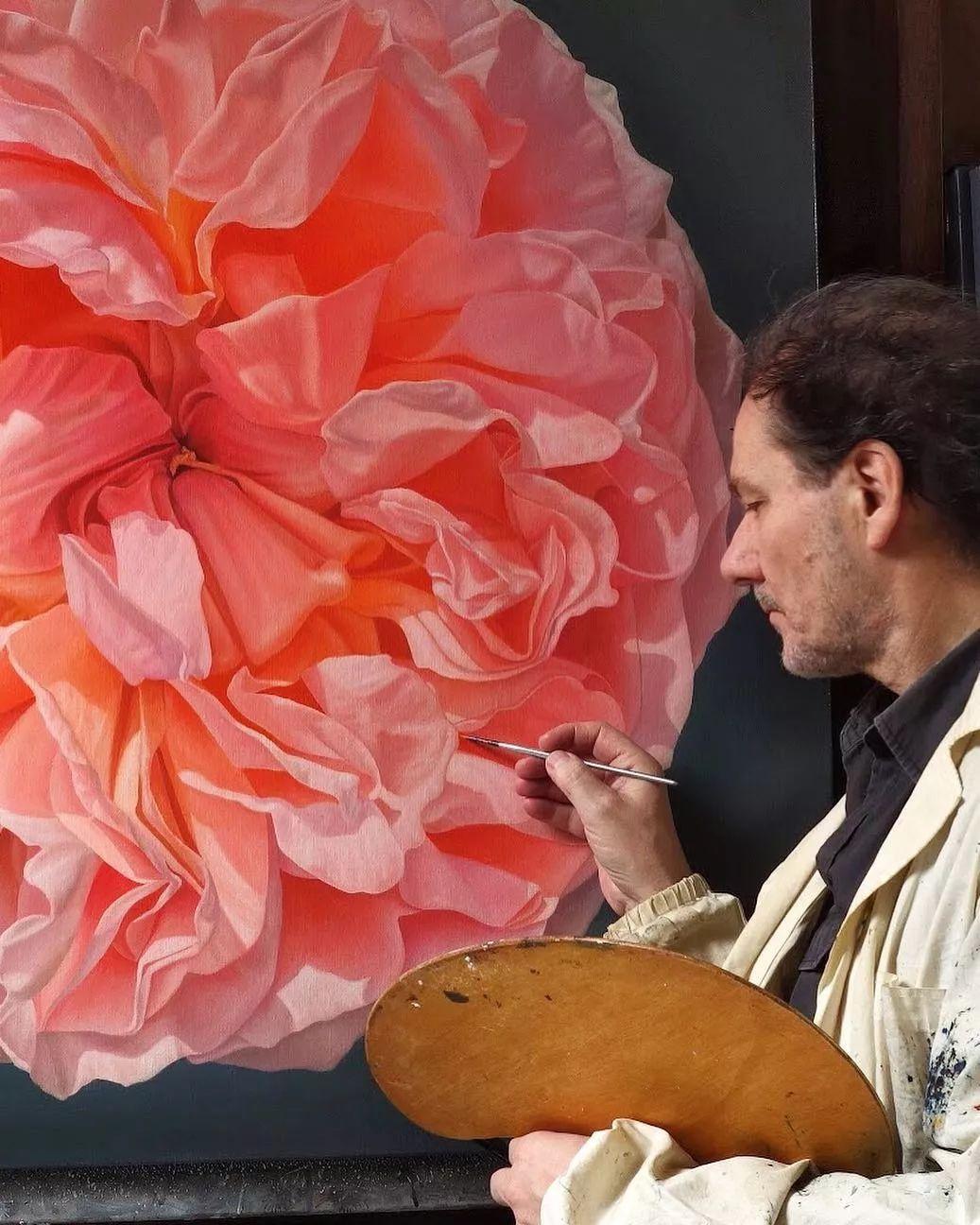 他用一块画布,就能将其变成一个露珠覆盖的玫瑰花园插图29