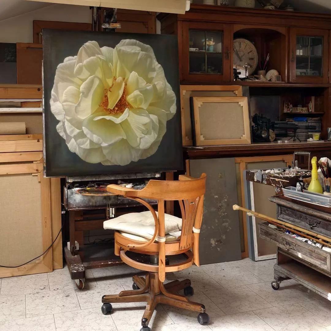 他用一块画布,就能将其变成一个露珠覆盖的玫瑰花园插图41
