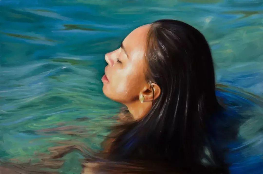炎炎夏日90后美女画家,不拼颜值拼画功,绘出水下美女淋漓细节插图13