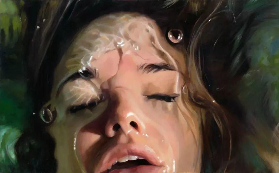 炎炎夏日90后美女画家,不拼颜值拼画功,绘出水下美女淋漓细节插图17