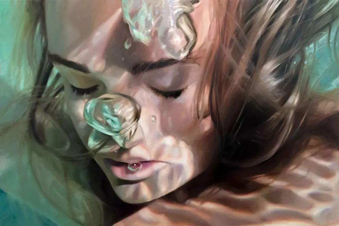 炎炎夏日90后美女画家,不拼颜值拼画功,绘出水下美女淋漓细节插图23