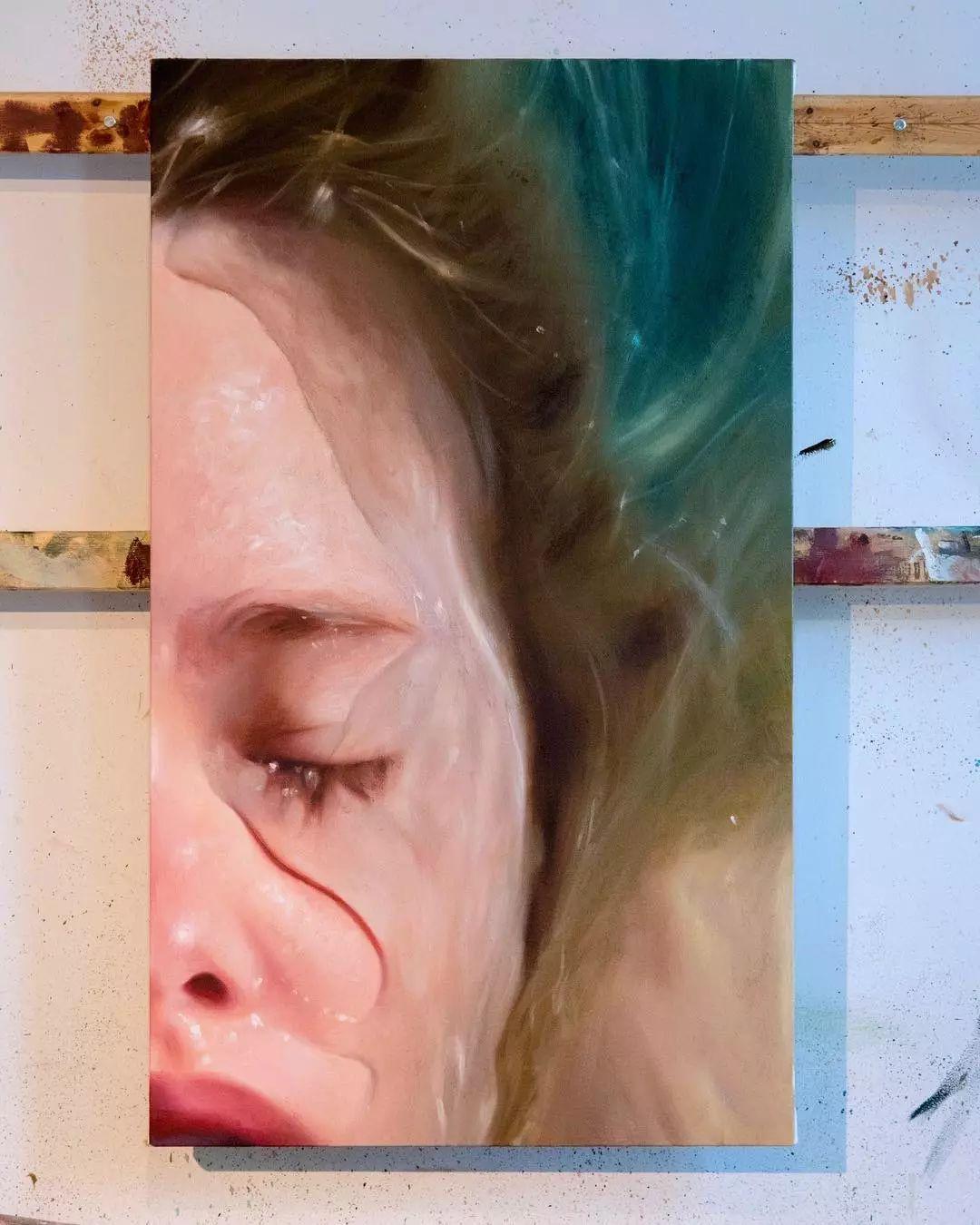 炎炎夏日90后美女画家,不拼颜值拼画功,绘出水下美女淋漓细节插图24