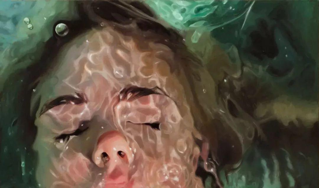 炎炎夏日90后美女画家,不拼颜值拼画功,绘出水下美女淋漓细节插图27