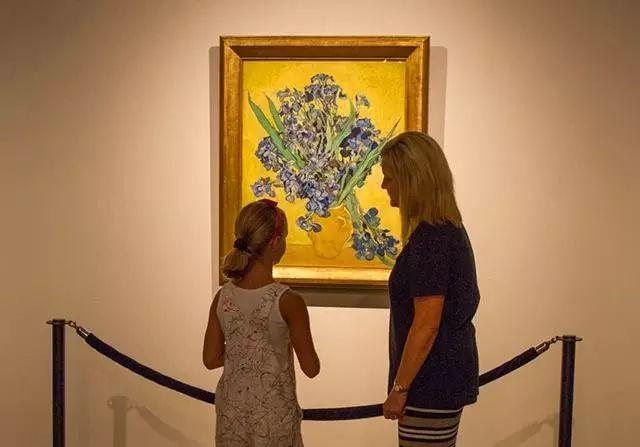 她一生从未见过梵高,却是他的头号粉丝,散尽家财为他建起一座博物馆插图31