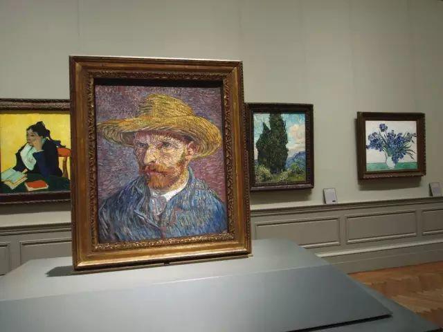 她一生从未见过梵高,却是他的头号粉丝,散尽家财为他建起一座博物馆插图33
