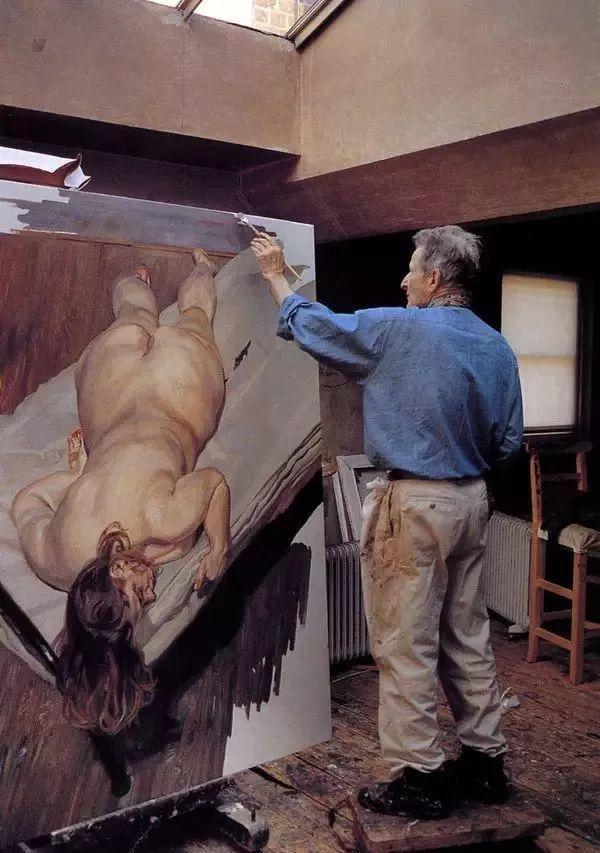 他见一个爱一个画一个,白床上人体拍近2亿元插图44