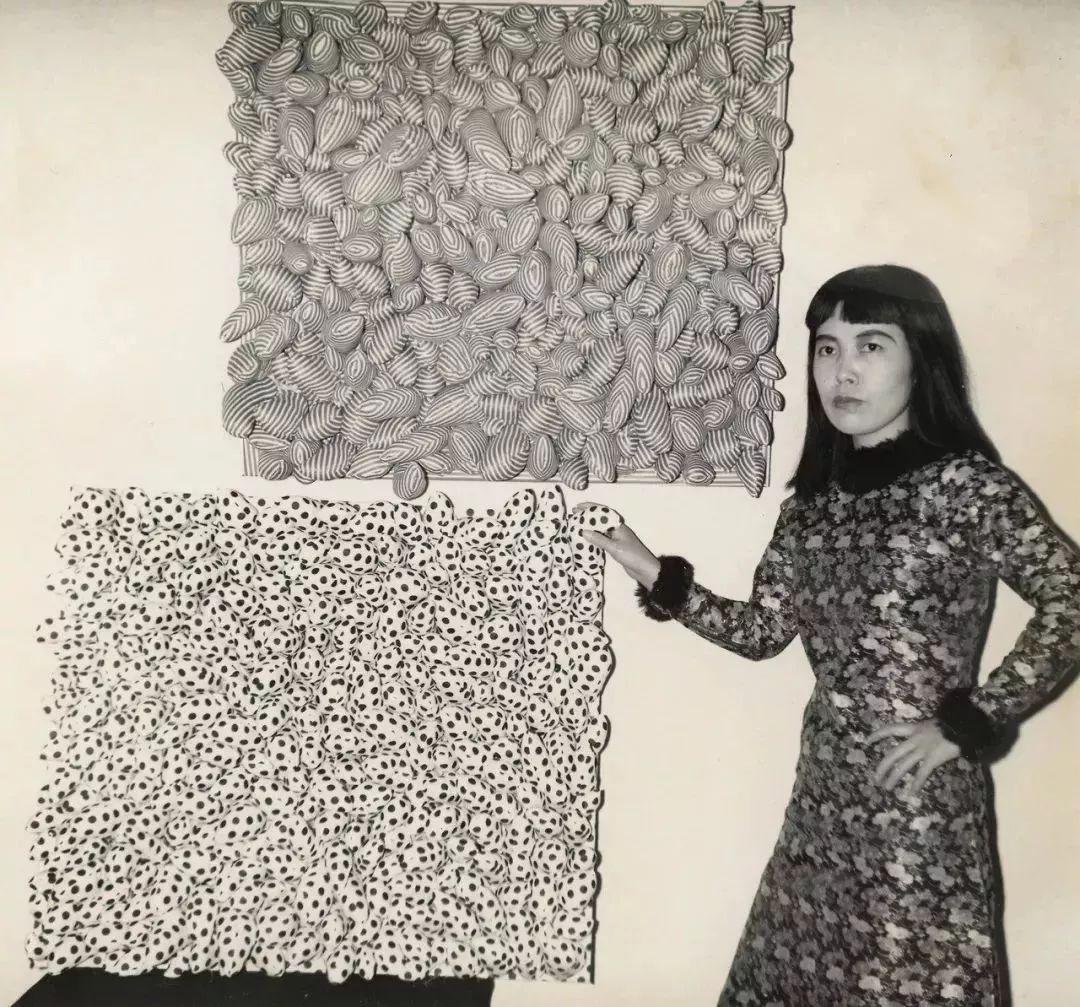 """她住了50年精神病院,一幅画却能卖2亿,90岁的她是全世界最""""贵""""的女画家插图26"""
