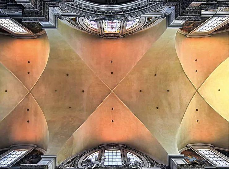 罗马教堂天顶绘画插图3