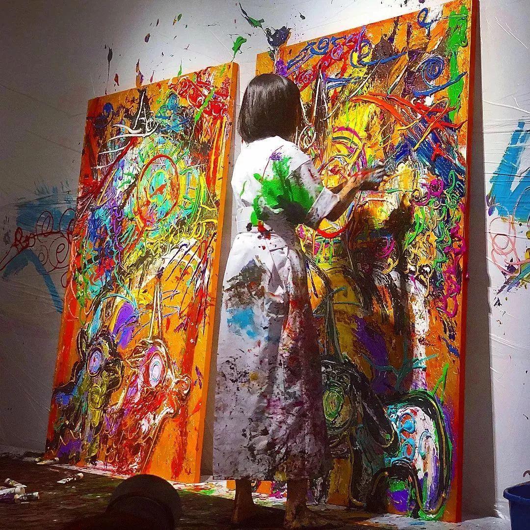 """""""狂野少女""""绘画堪比毕加索 林俊杰都为她做专属音乐插图35"""