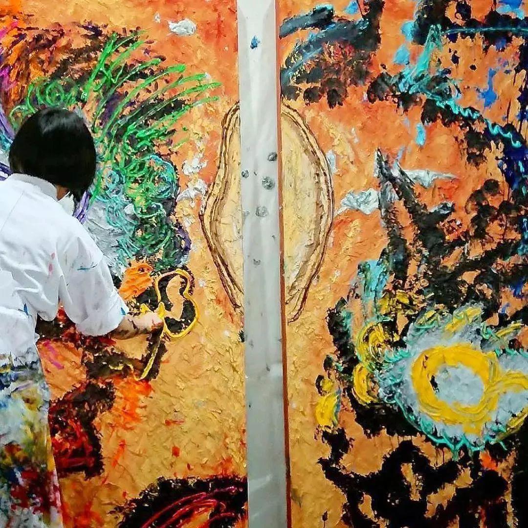 """""""狂野少女""""绘画堪比毕加索 林俊杰都为她做专属音乐插图123"""