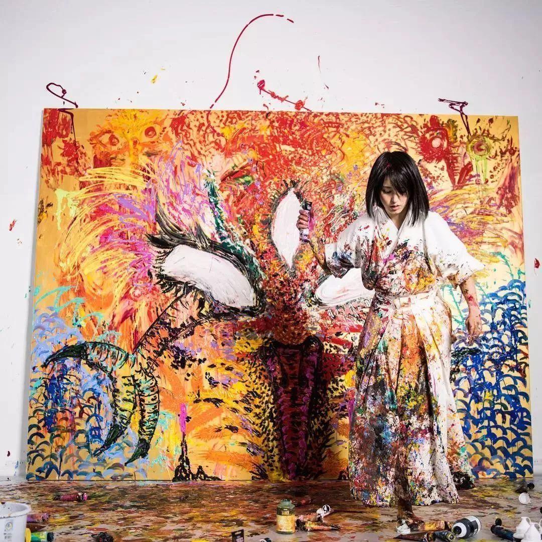 """""""狂野少女""""绘画堪比毕加索 林俊杰都为她做专属音乐插图125"""