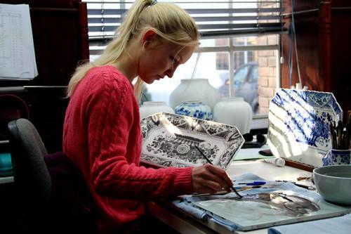 生个女儿就让她学画画吧,从此她的人生是这样的……插图31