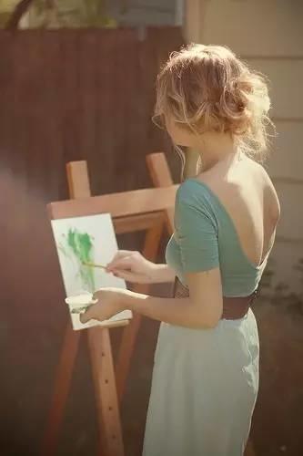 生个女儿就让她学画画吧,从此她的人生是这样的……插图63