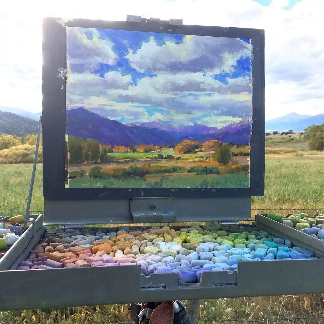 太震撼了!画与景色竟然无缝衔接,网友:中间放了块玻璃吧?插图4