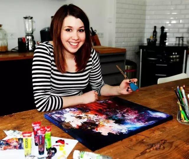 她患上了一种罕见的疾病,却另辟蹊径,成为了一名艺术家插图7