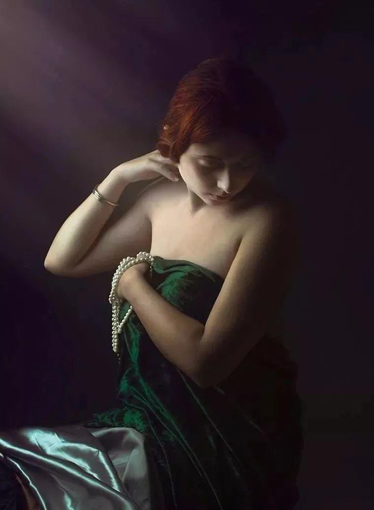 美得像油画——丰腴女人体摄影插图17