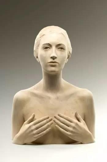 他硬把一桩桩木头弄成人体女神,惊艳世界,首次来中国就轰动美院插图109