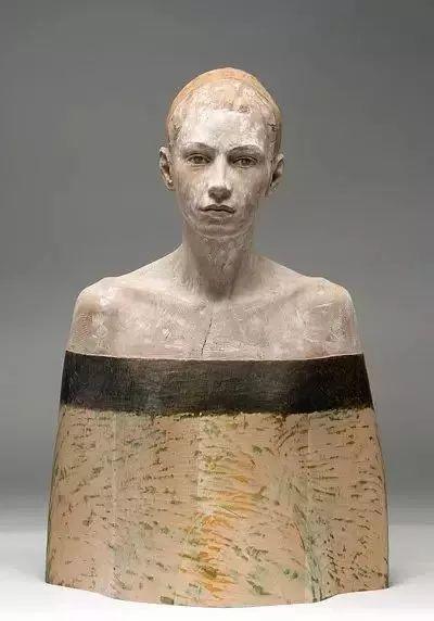 他硬把一桩桩木头弄成人体女神,惊艳世界,首次来中国就轰动美院插图128