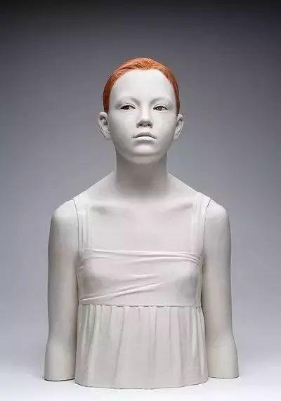 他硬把一桩桩木头弄成人体女神,惊艳世界,首次来中国就轰动美院插图134