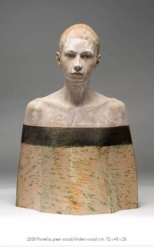 他硬把一桩桩木头弄成人体女神,惊艳世界,首次来中国就轰动美院插图163