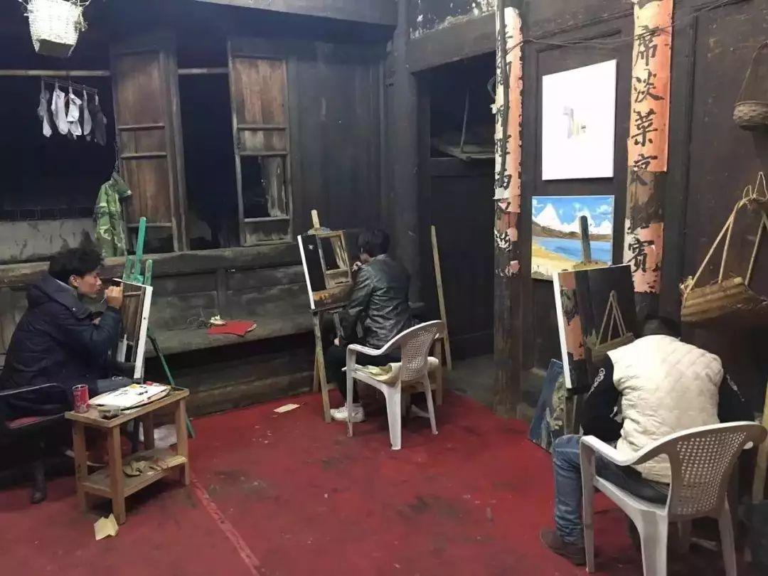 他教会了上万个农民画画却分文不收——林正碌插图13