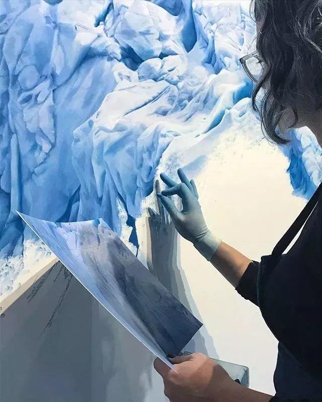 俘获了上千万粉丝的心 她用手指画出震撼的冰山插图13