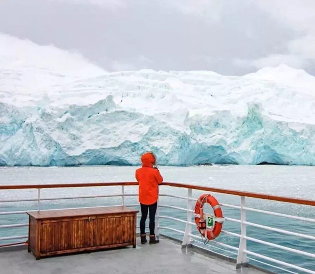 俘获了上千万粉丝的心 她用手指画出震撼的冰山插图49