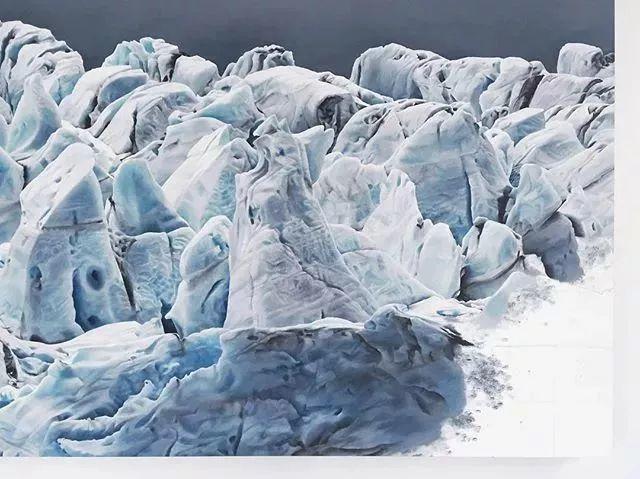 俘获了上千万粉丝的心 她用手指画出震撼的冰山插图63