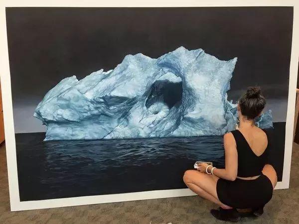 俘获了上千万粉丝的心 她用手指画出震撼的冰山插图121