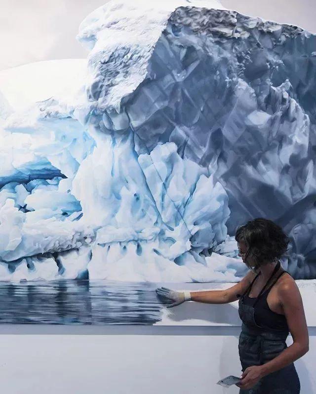 俘获了上千万粉丝的心 她用手指画出震撼的冰山插图127