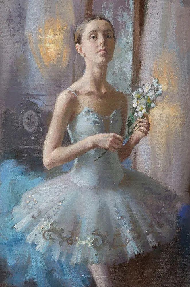 她的色粉芭蕾,舞姿律动,身姿瘦削!插图55